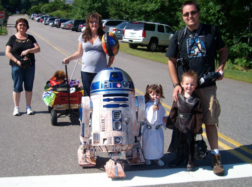 R2-D2 at Gilford Old Home Day Parade